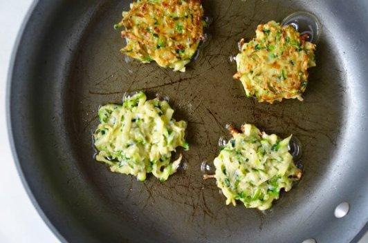 fried-zucchini-fritters
